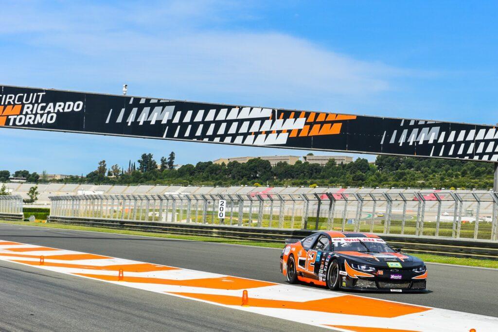 Solaris Motorsport roars in Valencia